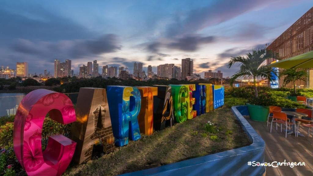 Diseño de letras Cartagena - Caribe Plaza